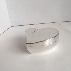 Pretty Silver Tone Floating Heart Trinket Holder!